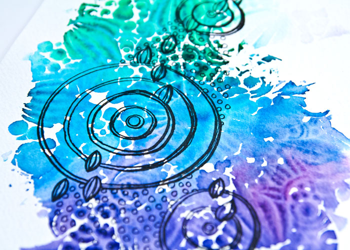 Close-up picture of the Mermaid Marker Brush Pens With Stencils, Video by Kim Dellow